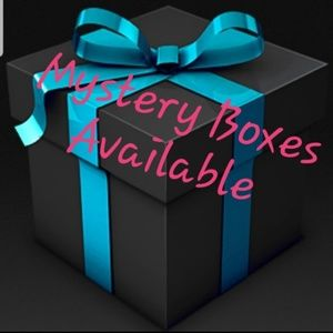 Other - 🎁Mystery Box of Womens Clothing w/ Free Gift🎁